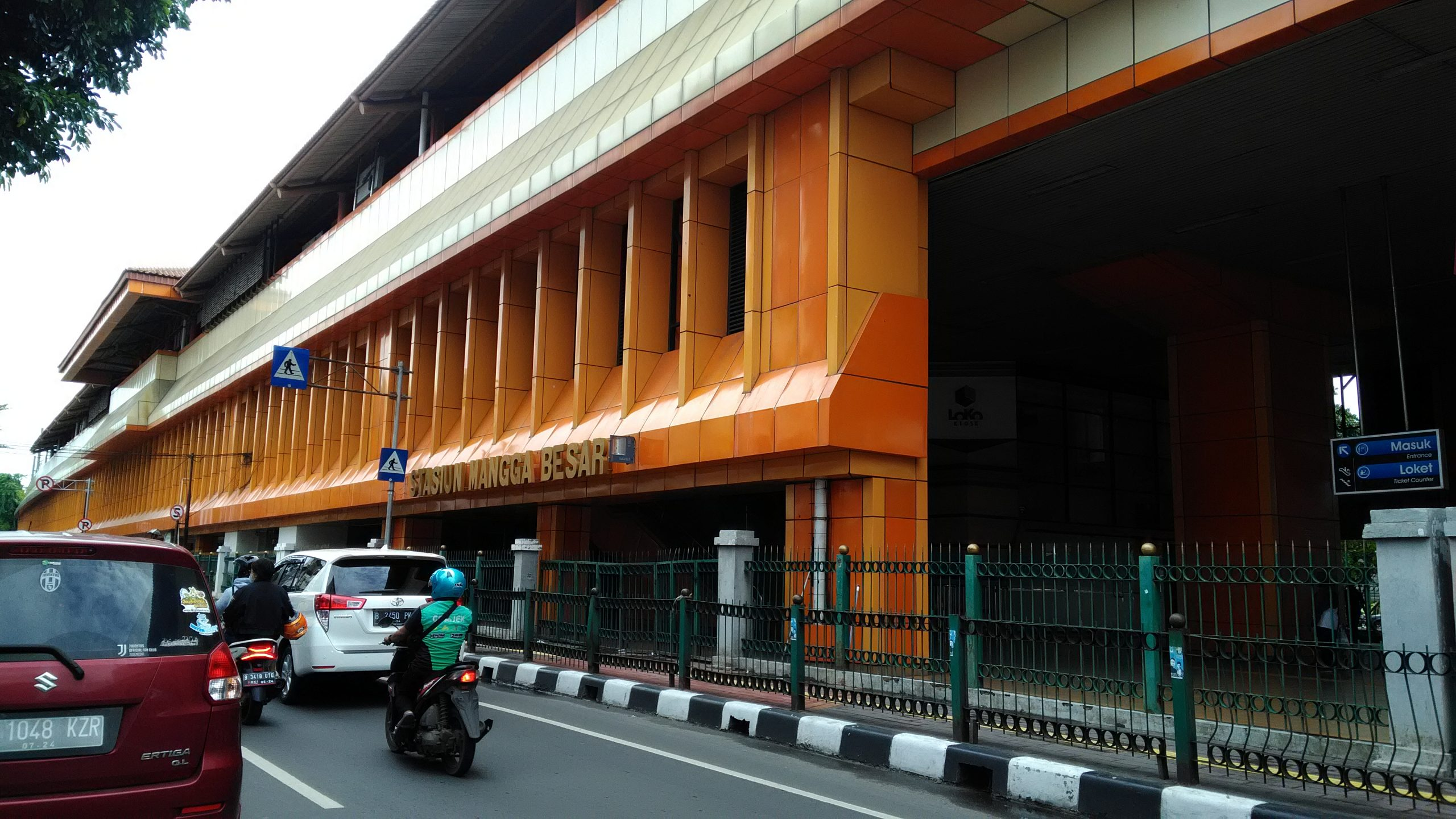 Stasiun_Mangga_Besar_2020
